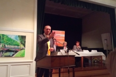 Staatssekretär Dr. Jan Heinisch beschreibt interessante neue Förderungsmöglichkeiten für heimatverbundene Projekte in Kommunen